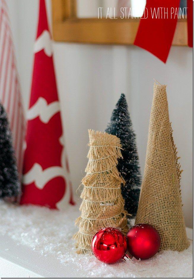Burlap Christmas trees. More ideas for farmhouse style Christmas decorations on DuctTapeAndDenim.com