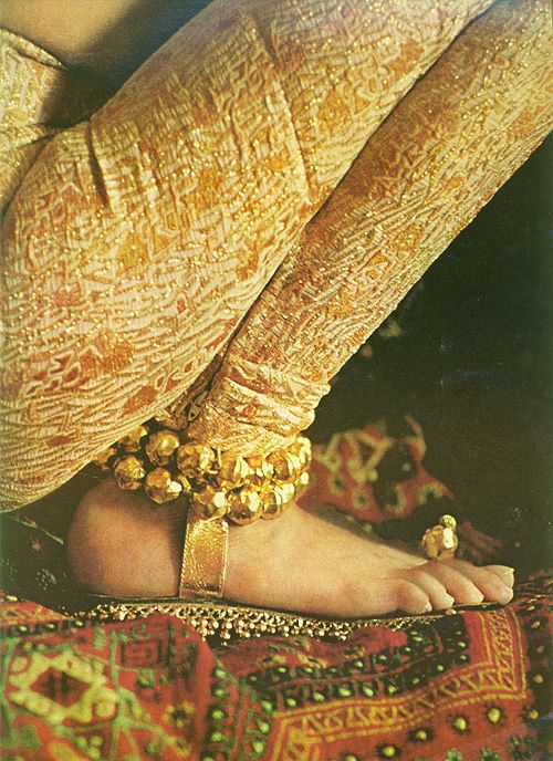 golden sandals as jewelry