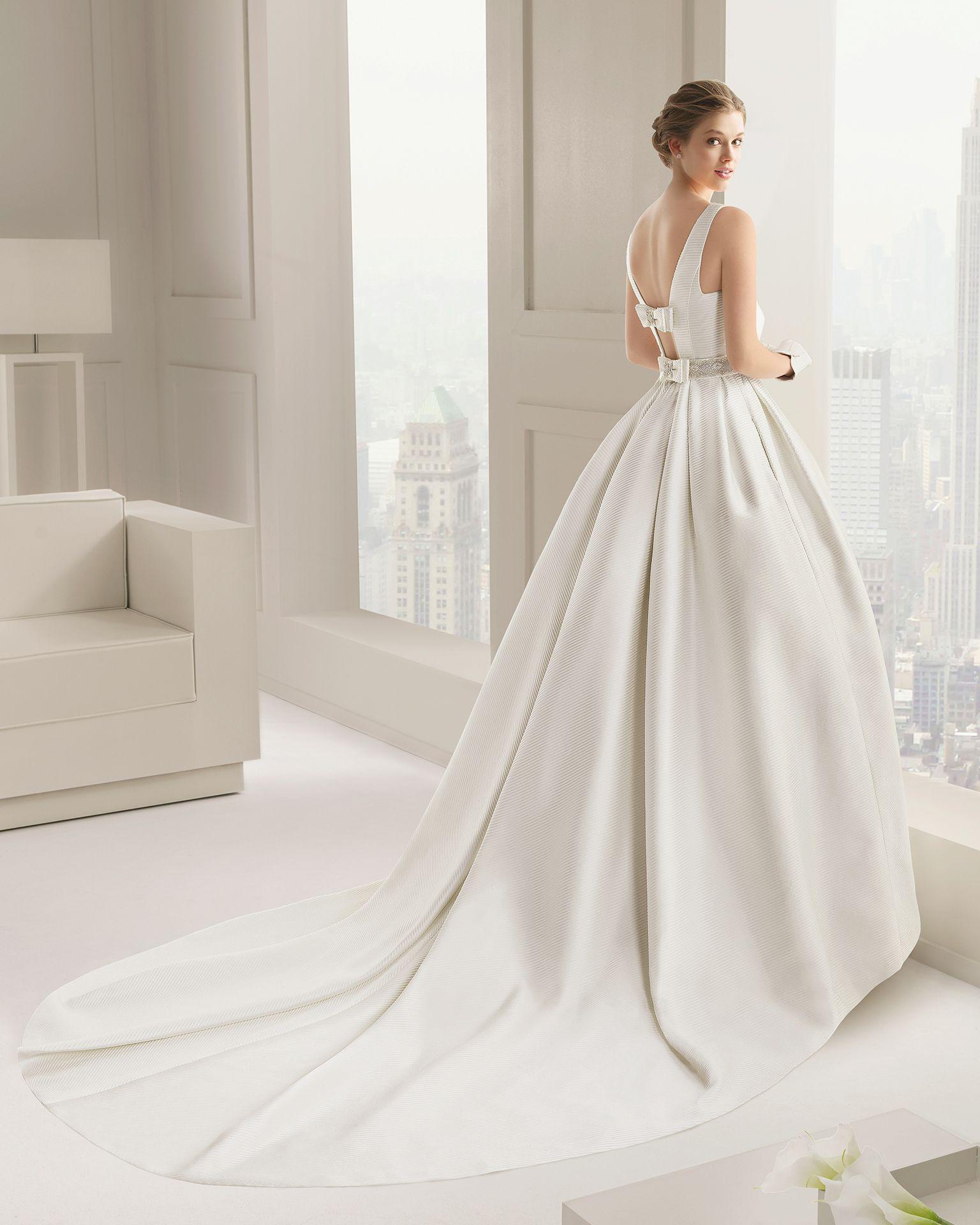 La sposa pandora wedding dress  Vestidos de novia y fiesta  Discover more ideas about Rosa clara