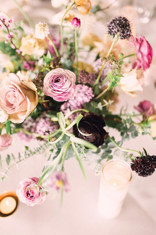 Elegant Seaside Wedding With Spring Pastels With Images Flower
