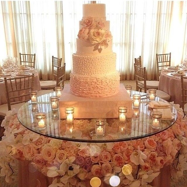 beautiful wedding cake tables beautiful fresh flowers glass cake display for your 11233