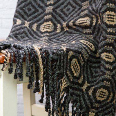 Valley Yarns 81 Labyrinth Lap Robe Pdf At Webs Yarn Com In 2020 Weaving Weaving Patterns Weaving Textiles