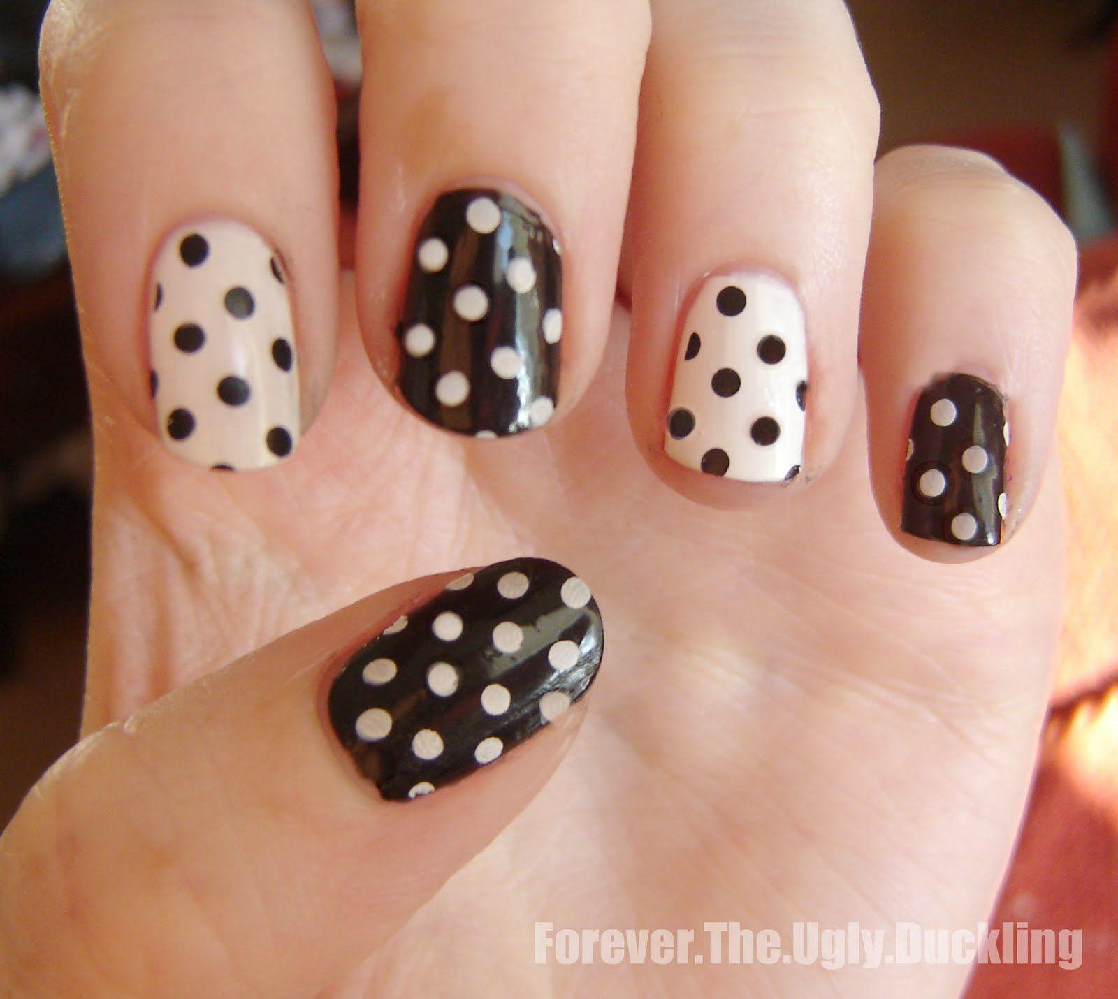 black and white polka dot nails. super cute. | Nail Obsessed ...