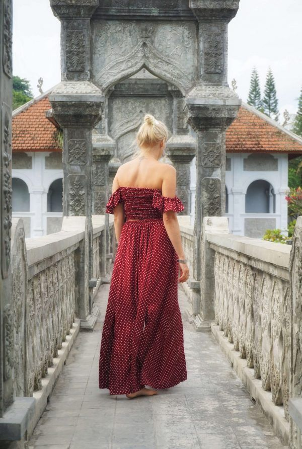"""Zweiteiler Punkte Kleid rot """"Once upon a time"""" in 2020 ..."""