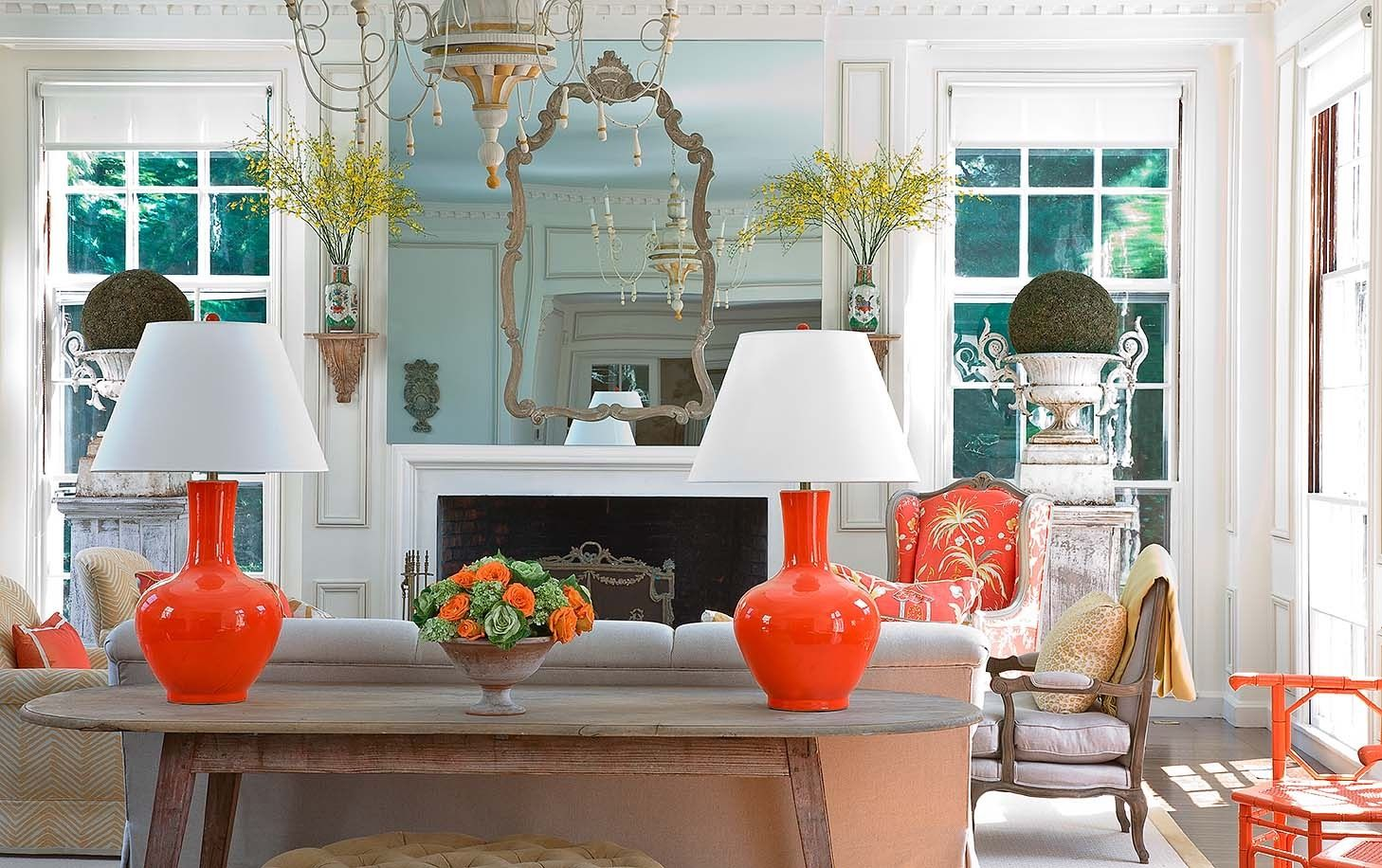 40 Spaces with Vibrant Pops of Color