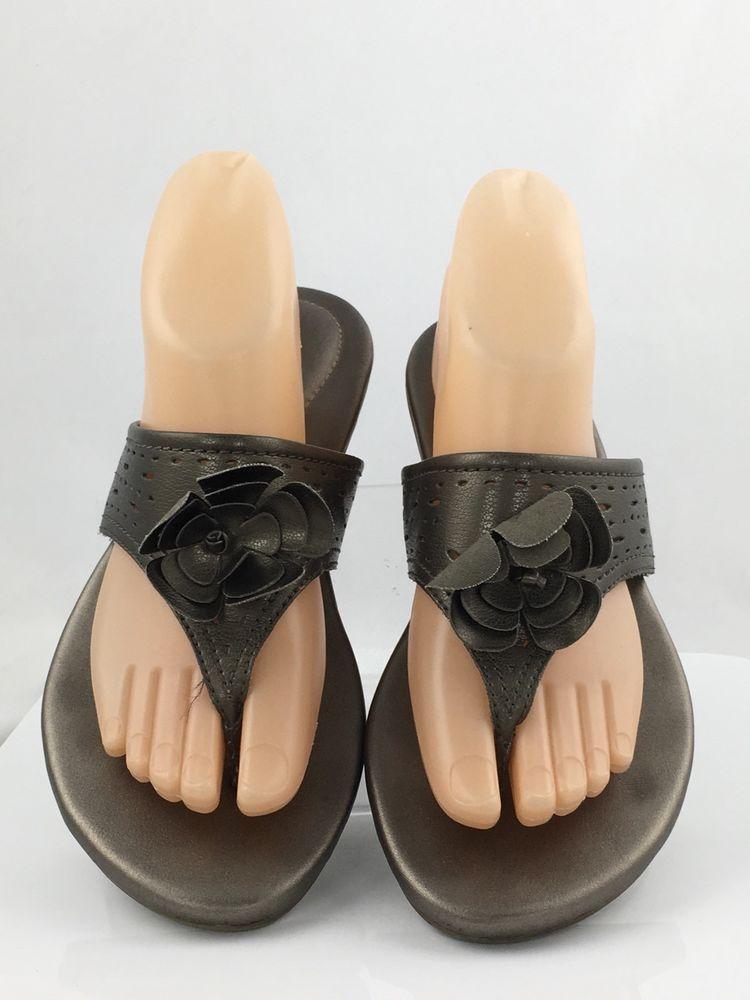 0e9dd553a Clarks Thong Sandals wedge Flip Flops Women size 7.5M Brown Metallic casual   Clarks  FlipFlops  Casual