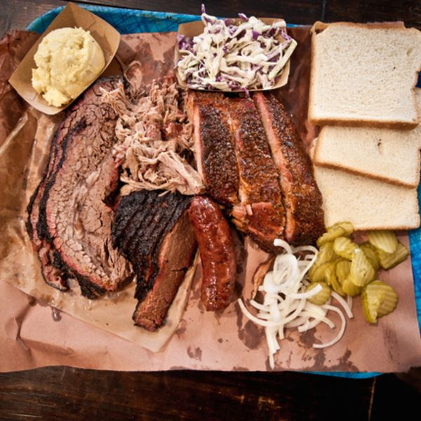 5 Places You Need To Eat And See In Austin Tx According A