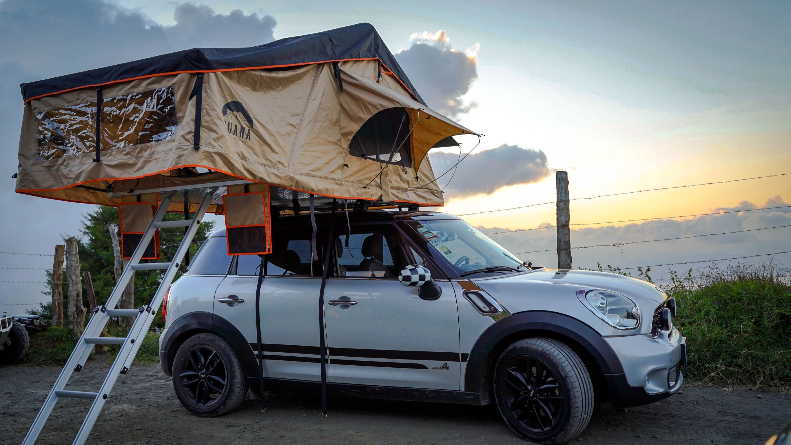 Guana Equipment Wanaka Roof Top Tent With Xl Annex Softshell Roof