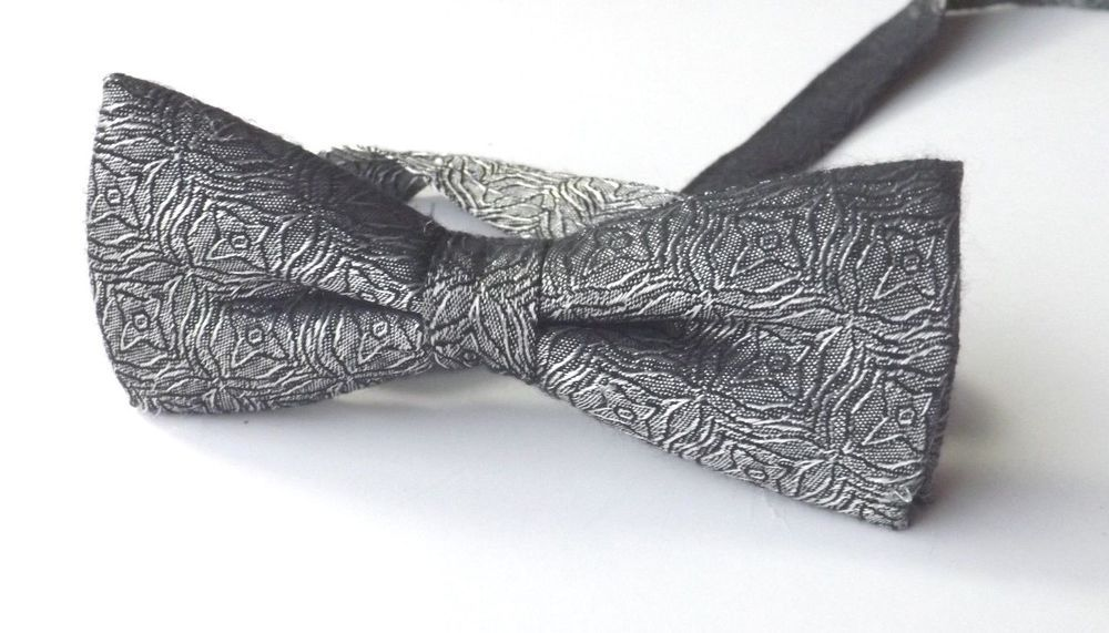 RETRO BOW TIE Silver Patterned Polyester Ready Tied Velcro Adjustable FREE P&P #BowTie