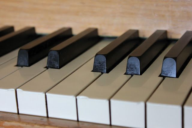 How To Cleaning Polishing Those Piano Keys Piano Online Piano Lessons Piano Keys