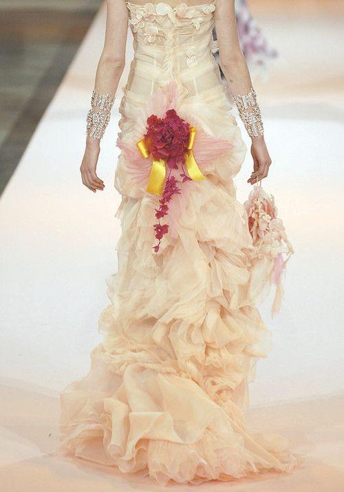 wink-smile-pout:    Christian Lacroix Haute Couture Spring 2007