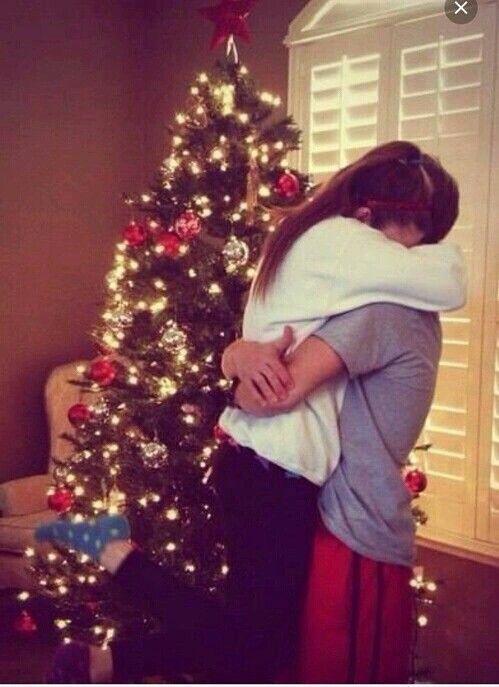 مع السلآمہ يا شهور مضت 1 2 3 4 5 6 7 8 9 10 11 خذيتو مننا احباب ۆ تغيرو علينا آصحاب وع Christmas Couple Pictures Christmas Couple Christmas Tumblr