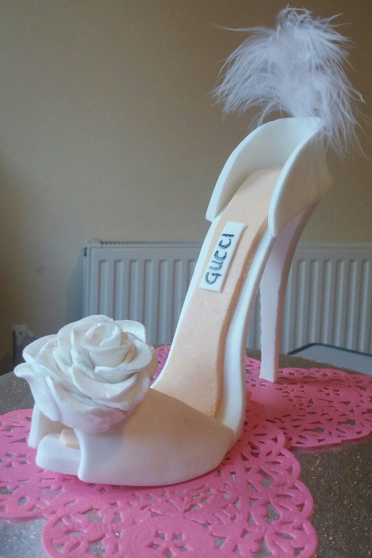 Pin de Raquel Crrch Cts en ideas | Tortas de calzado
