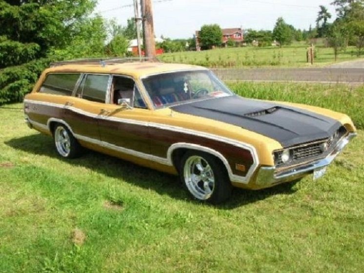 1970 Ford Torino GT 4-Door Woody Wagon  | Classic Ford
