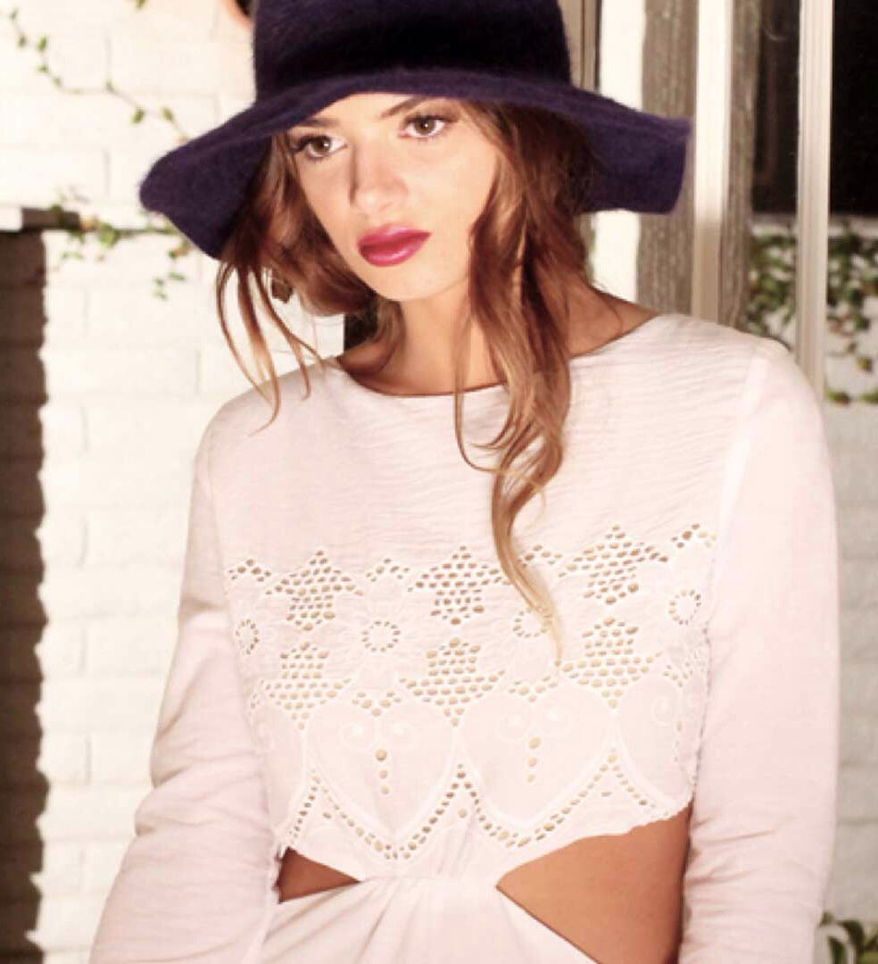 Awesome hat & great cut outs make this adorable
