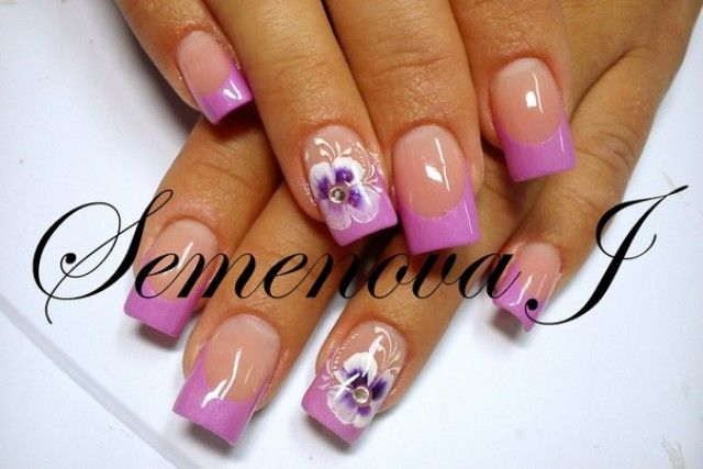 french nageldesign yulia 2014 hell pink mit blumen muster nageldesign bilder by world nails. Black Bedroom Furniture Sets. Home Design Ideas