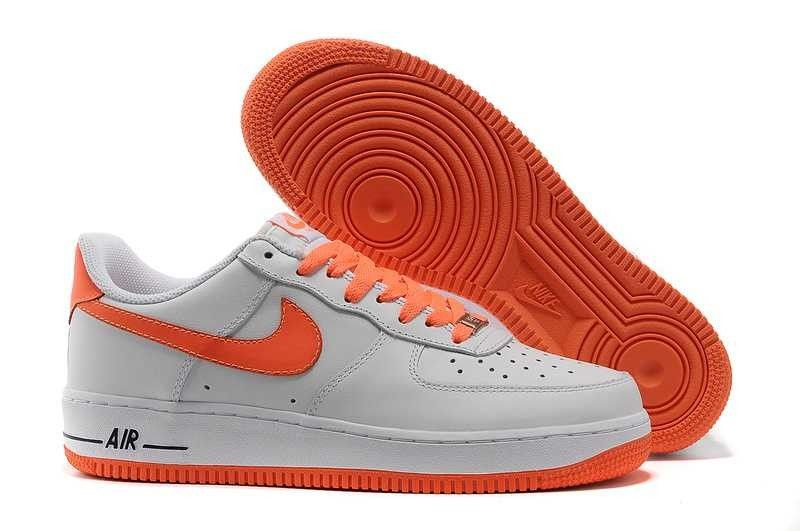 code promo 8c3a8 66fc9 VASTE GAMME DE NIKE AIR FORCE 1 LOW HOMME BLANC ORANGE ...