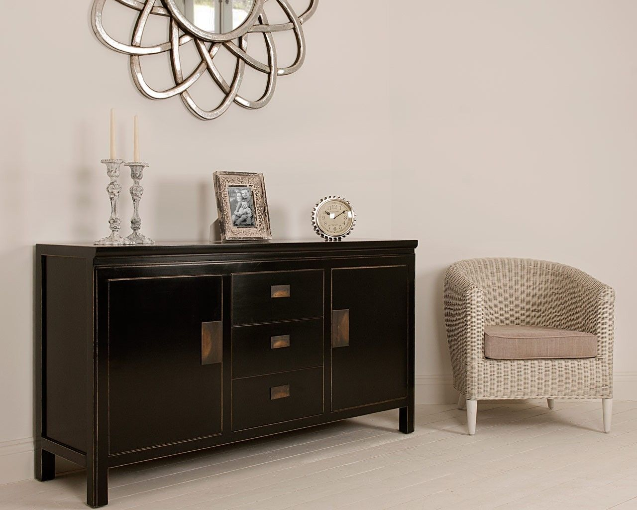 Shanxi Black Lacquered Large Sideboard The Oriental Shanxi  # Meuble Tv Oriental