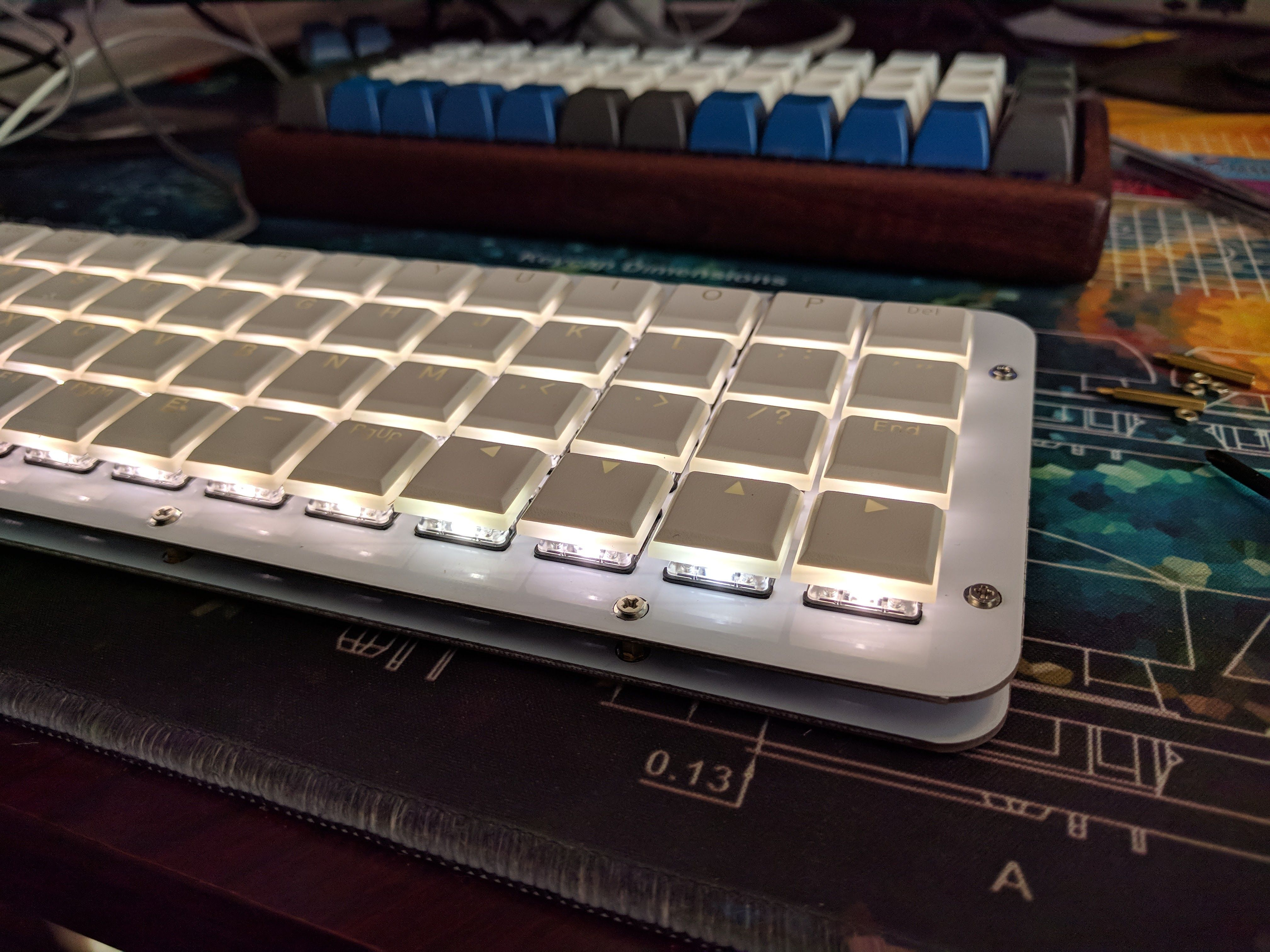 Meira Low Profile 40 Ortho Low Profile Keyboard Case Led Matrix