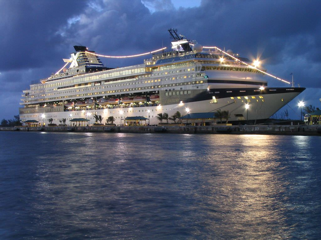 Royal Caribbean Cruise Ship Hiring - Best Ship 2017