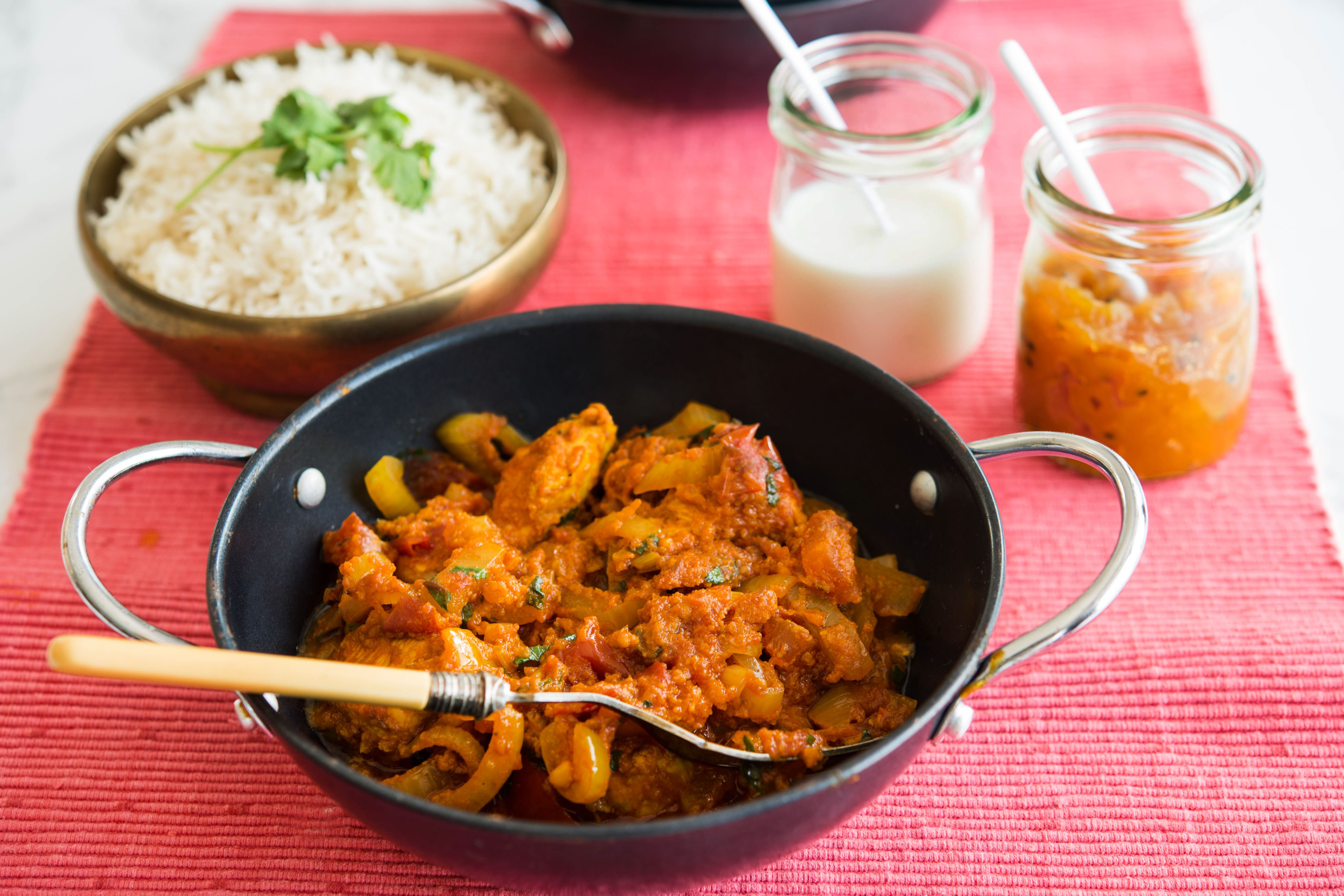 Classic Chicken Vindaloo Curry Is Easier Than You Think Recipe In 2020 Vindaloo Curry Recipes Vindaloo Curry Vindaloo