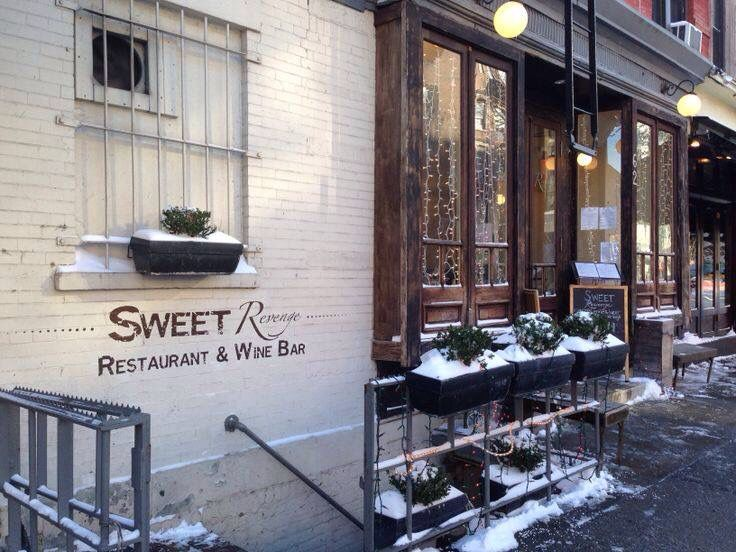 Let it snow! Are you gonna cozy up with our mulled wine or spiked spiced cider?! My blog on snow, small biz & hot alcohol :): http://ht.ly/GSpje #mulledwine #snowy #warmup #dessertsndrinks #applecider