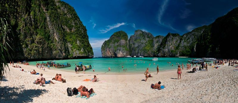 Amazing Family Holiday #3  Things to do in Maya Bay #amazingfamilyholidays To find out more about Thailand, click on the link below... http://lesleysimpson.co.za/amazing-thailand/