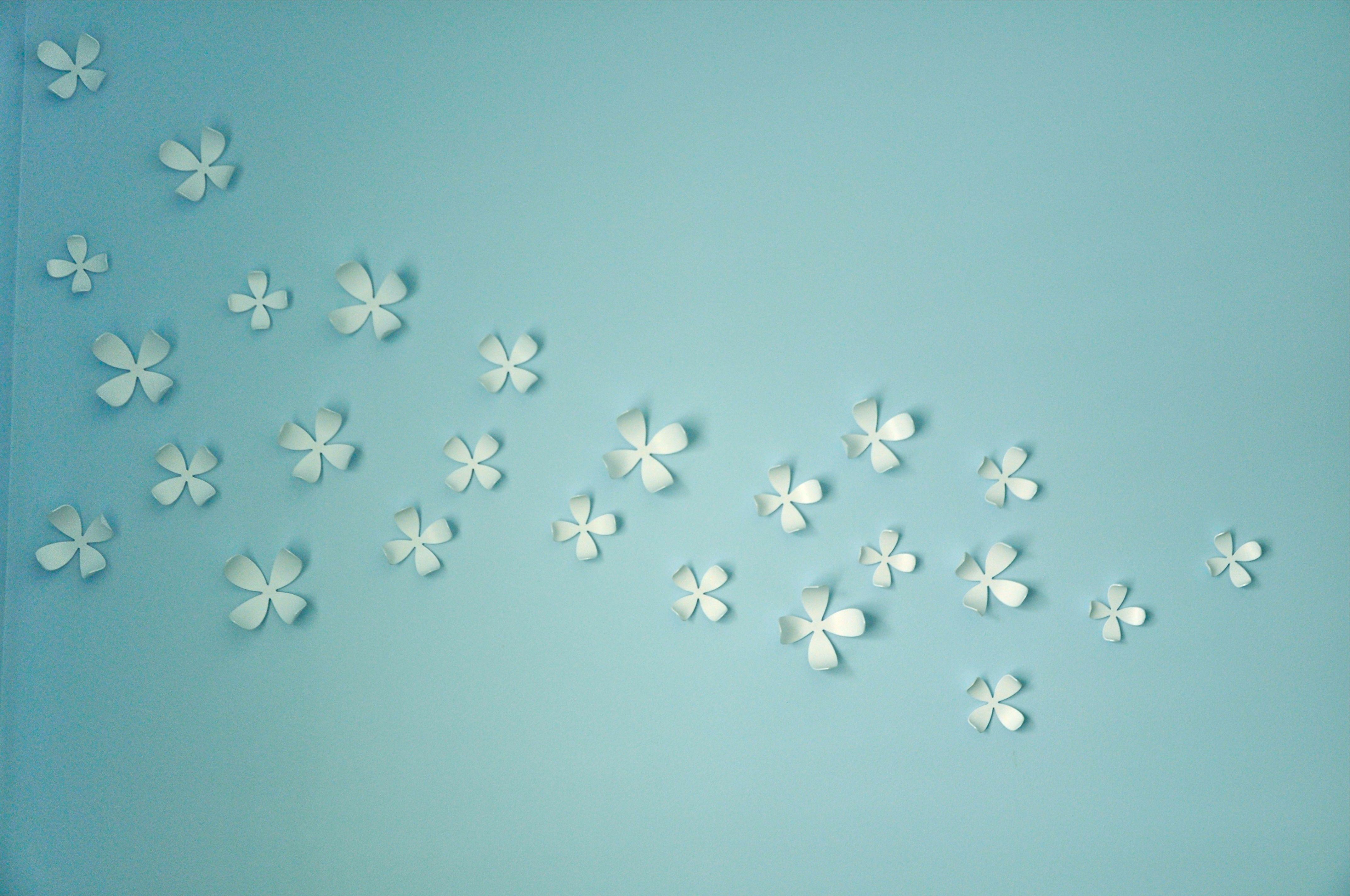 Umbra Wall Flower Decor