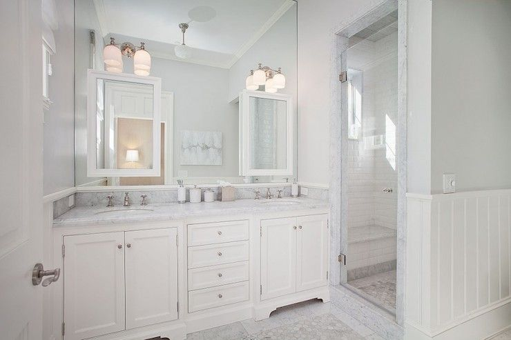 Rt Abbott Construction Bathrooms White And Grey Bathrooms Gray Upper Walls Gray Top Walls Beadbo Beadboard Wainscoting Grey Bathrooms Wainscoting Styles