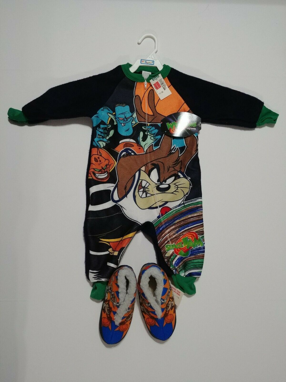 Vintage Space Jam Pajamas And Slippers Toddler Size 2t New With Tags Ebay Vintage Space Toddler Sizes Baby Girl First Birthday