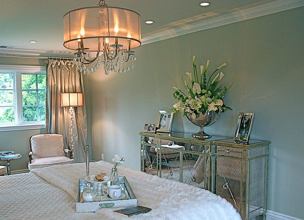 mirrored furniture accent pieces