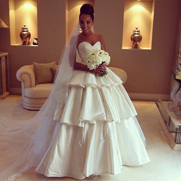 Wedding Dresses Queensland: Stunning Velecia From QLD