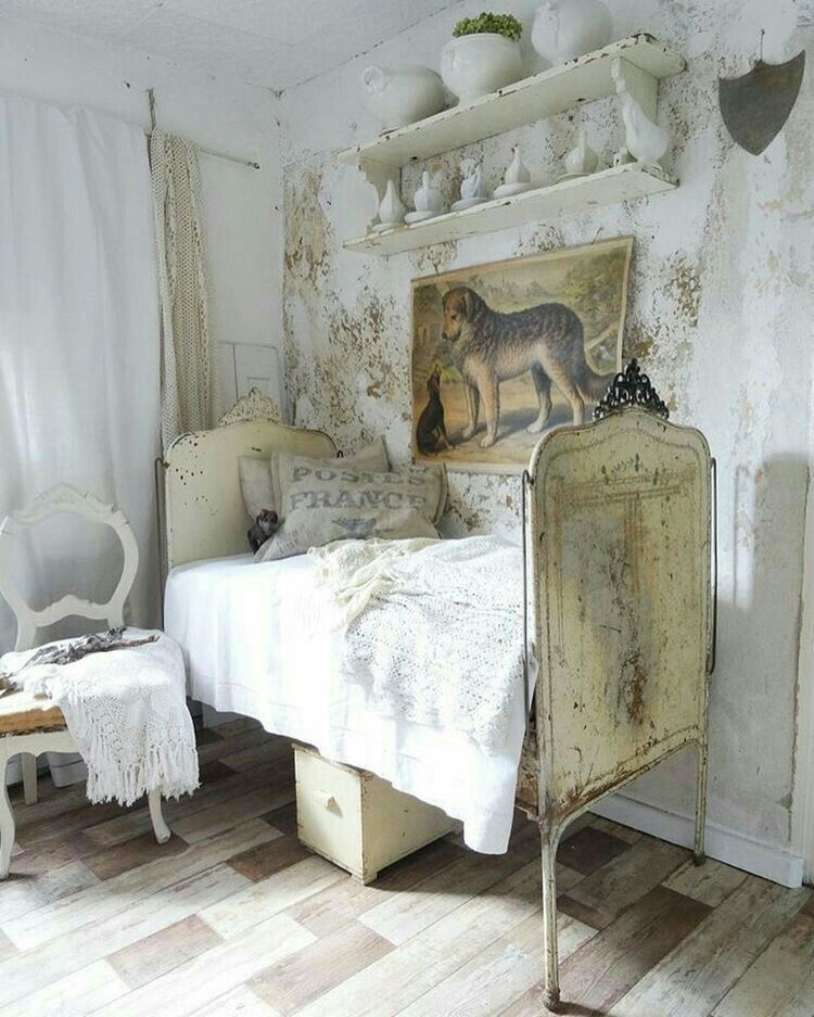 Pin by Kim Winston on Living space in 2019 | Shabby chic bedrooms ...