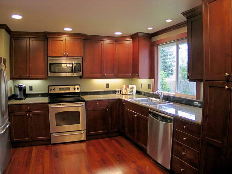 Best Medium Dark Cabinets Medium Floor Simple Kitchen 640 x 480