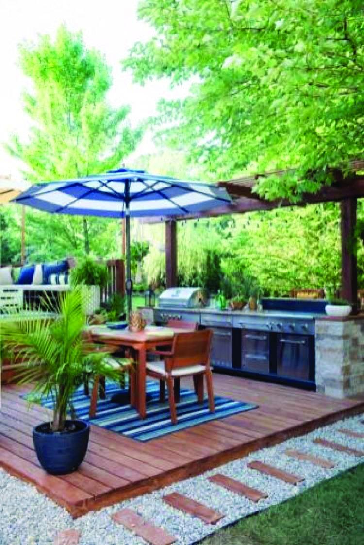 10 Beautiful Easy Diy Backyard Decks Backyard Patio Designs Outdoor Kitchen Design Backyard Patio