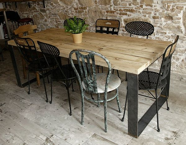 Mesas bancos sillas estanter as butacas alfombras - Estanterias a medida ...