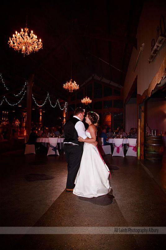 Weddings at Oaklands Event Centre Pambula - Kristin & Scott - All Saints Photography Albury Weddings & Portraiture