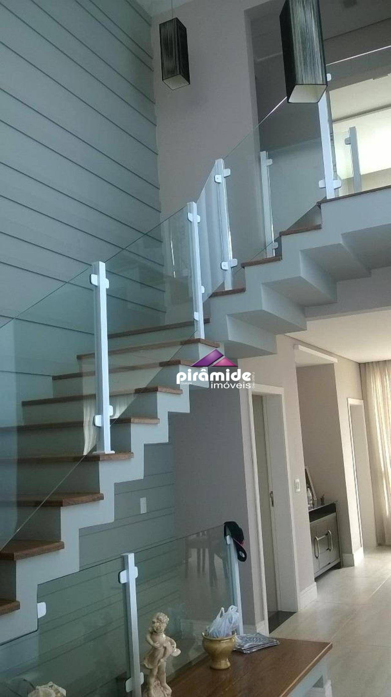 Casa de 346 m² em Condomínio Reserva do Paratehy em São