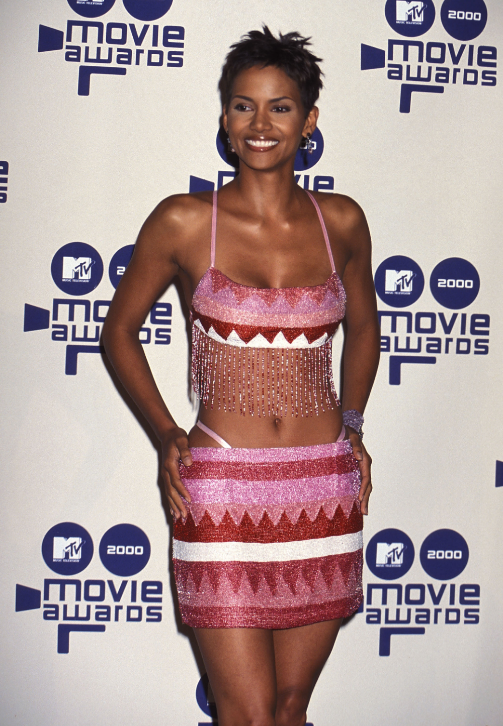Photo of 31 throwback photos of Halle Berry's fabulous 90s style