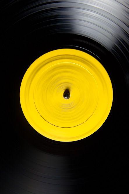 Yellow | Giallo | Jaune | Amarillo | Gul | Geel | Amarelo | イエロー | Colour | Texture | Style | Form |