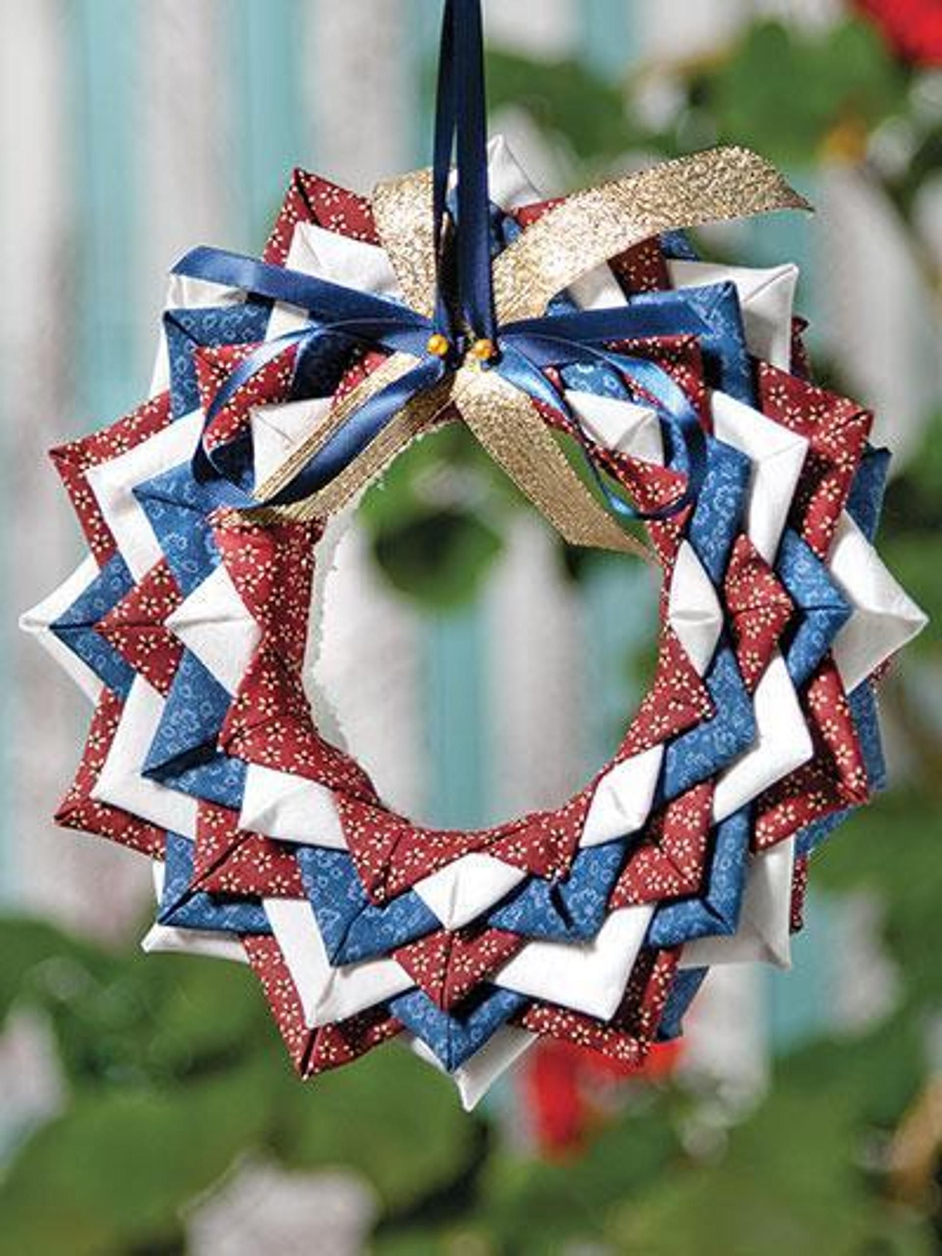 No Sew Folded Fabric Wreath Ornament Pattern Craftsy Quilted Christmas Ornaments Fabric Christmas Ornaments Holiday Ornaments