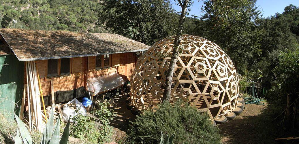 Casa geodesica madera arquitectura y naturaleza - Casas geodesicas ...