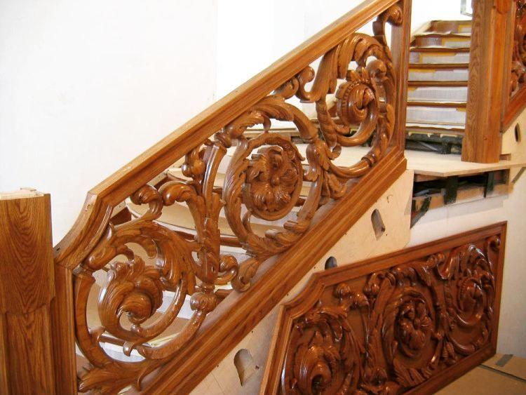 Резная деревянная лестница. Резьба по дубу. Ручная работа. ___________________ Carved wooden staircase. Handmade. The carving on the oak tree. ___________________ email: in.wood@yandex.ru direct: @in.wood ___________________ #woodenart #woodworking #wood #woodcarving #woodwork #резьбаподереву #резьба #мастер #мастеркласс #мояработа #работа #резчикподереву #хочу #подарок #beautiful #world #work #люблюсвоюработу #gift #gifts #интерьердома #хочукупить #ищуработу #красота #дом #лестница #дерево…