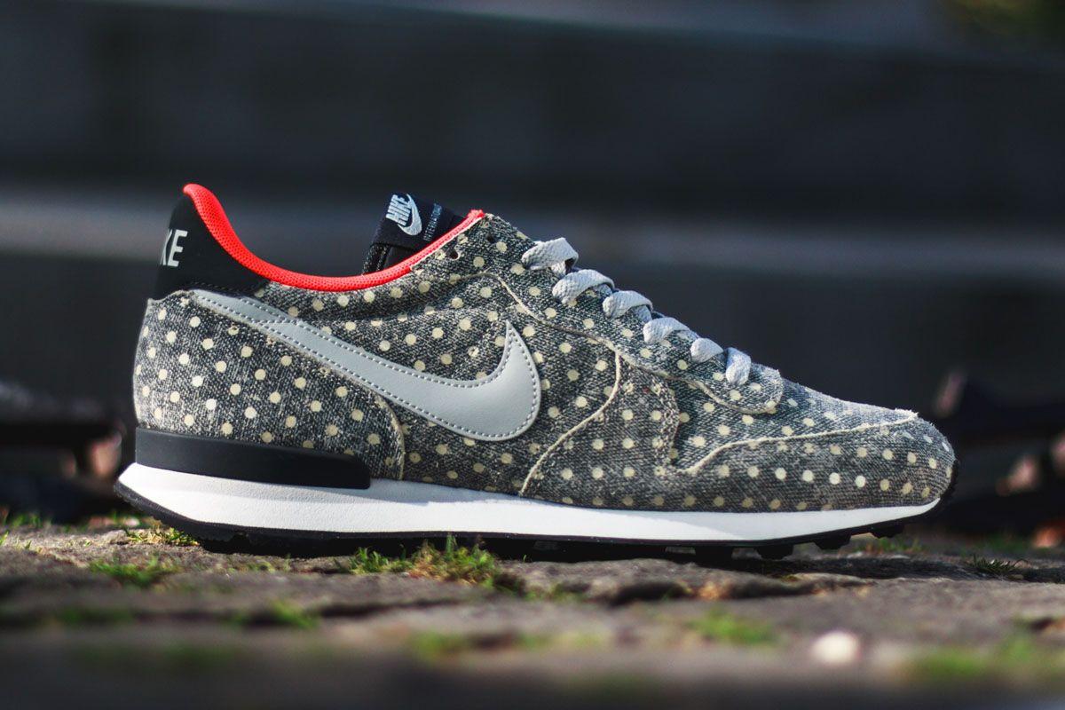 Nike Internationalist (Polka Dot Pack)