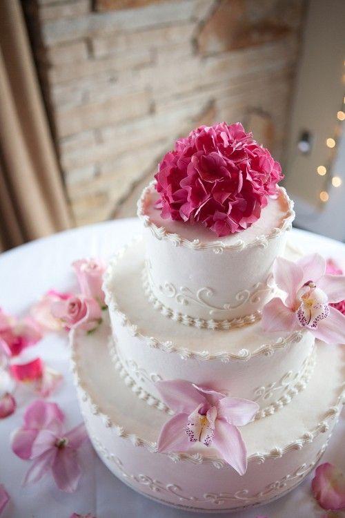 Leckere Dreistockige Hochzeitstorte Hochzeitstorten Pinterest