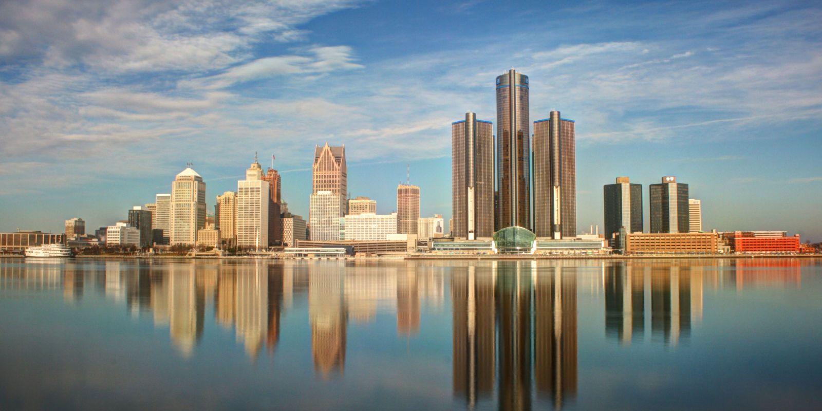 Cosmopolitan: Detroit, Glenn's town😍