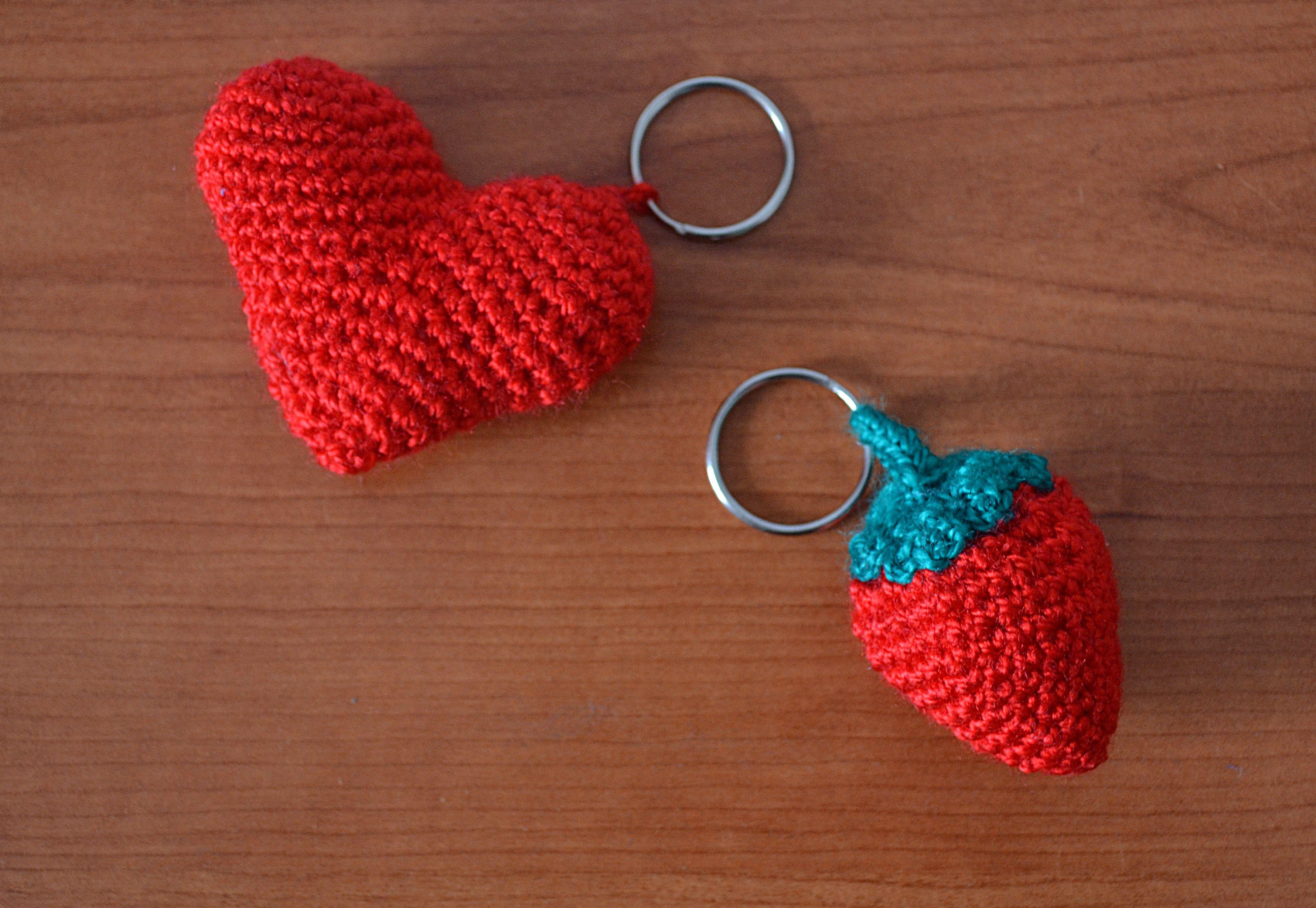 Amigurumi Llavero Corazon : Como tejer un llavero de corazon a crochet margarita knitting