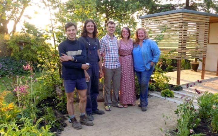 Tv Bbc Garden Rescue Design Curved Path With Self Binding Gravel Garden Meet The Team Rescue