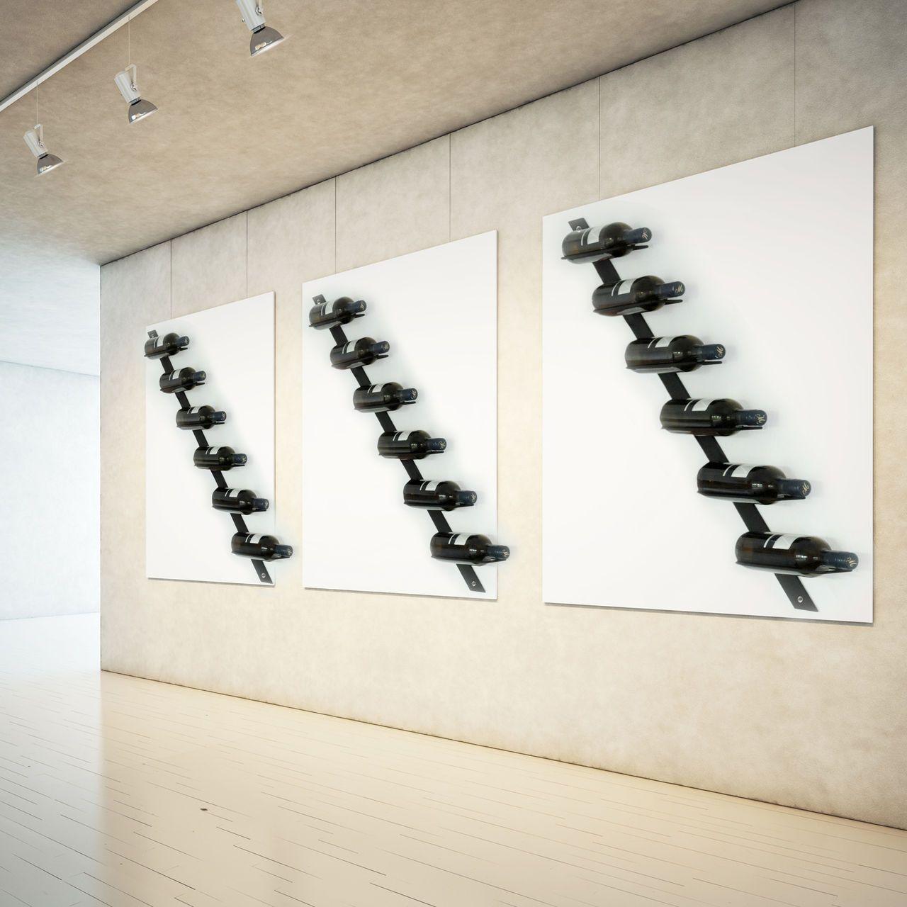 Puristisches Weinregal aus pulverbeschichtetem Metall für die Wand