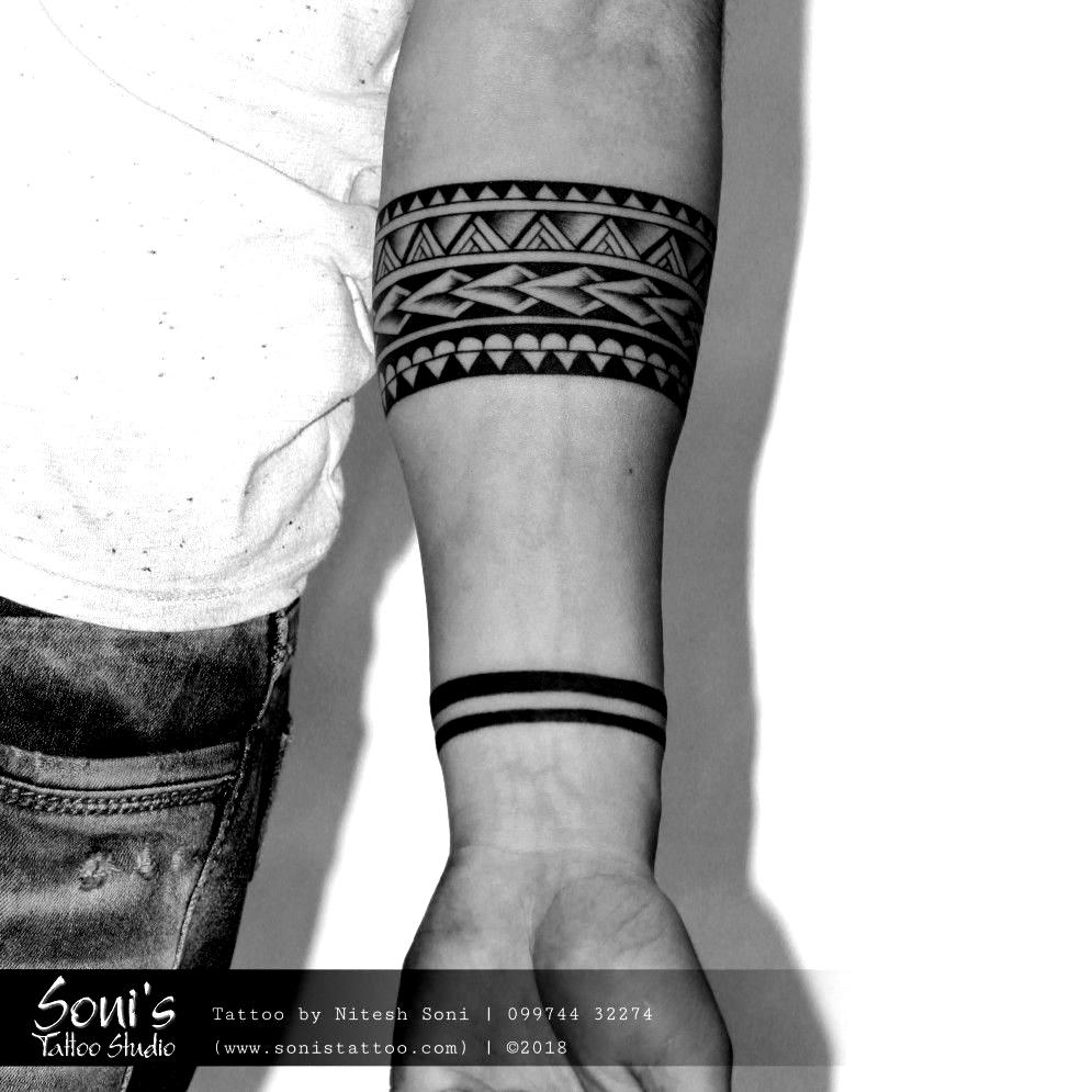 Maori Armband Tattoo Sonis Tattoo Studio 09974432274 Www Sonistattoo Com Sonistattoo Em 2020 Tatuagem Tribal Braco Tatuagem Maori Braco Tatuagem Bracelete Masculino